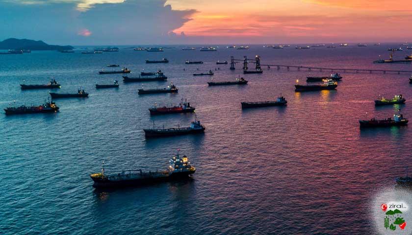 denizde gemiler